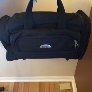 Bob Mackie carry- on black bag - like new!